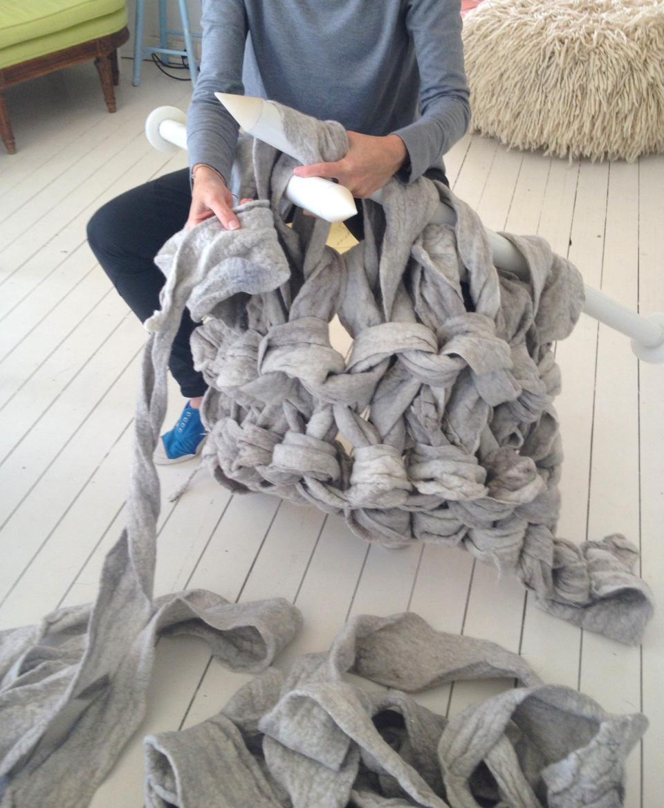 Jacqui-Fink-Little-Dandelion-Large-Knit-Blanket-1